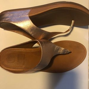 Fit Flop sandals in Rose Gold